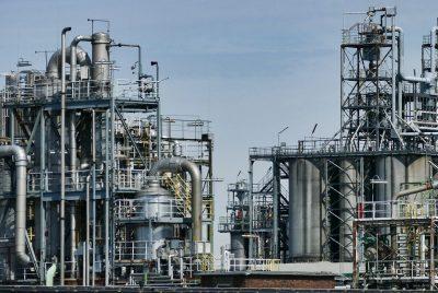 Нефтопреработваща индустрия